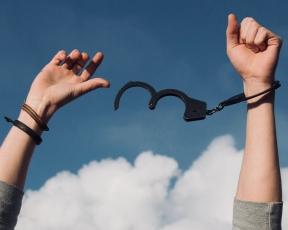 freedom handcuffs 8x10- fdramatic